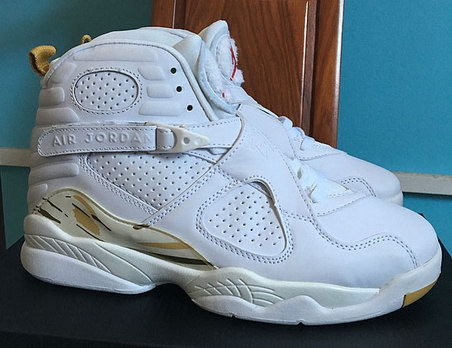 Air Jordan 8 Retro Shoes White/Gold